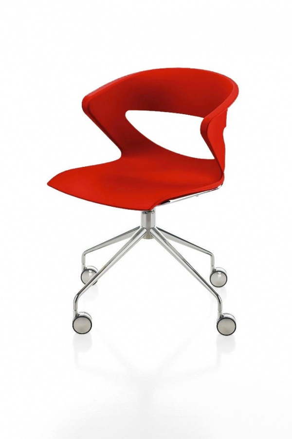 kastel drehstuhl kicca auf rollen drehst hle st hle mit rollen st hle bei 1001stuhl. Black Bedroom Furniture Sets. Home Design Ideas